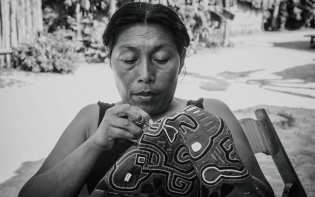 Mola maker, Kuna Yala Indigenous Community, Panama